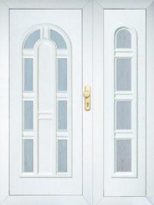 műanyag bejárati ajtók